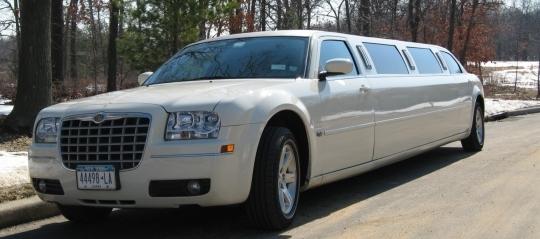 Chrysler 300C Limo Amsterdam Bachelor