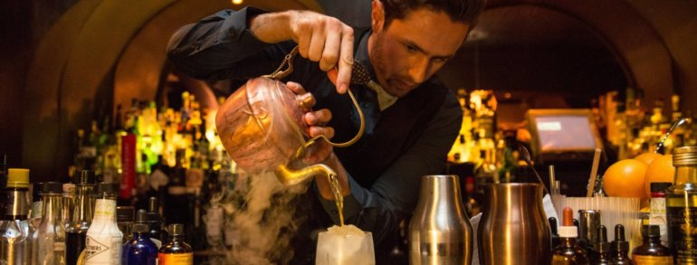 Cocktail bar door 74 amsterdam amsterdam bachelor for Door 74 amsterdam